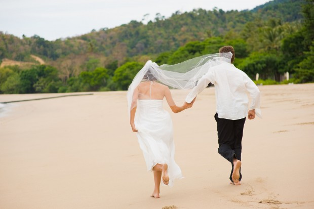 How to Elope - Avoid All The Costs and Stresses of a Traditional Wedding